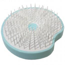 Compact and ergonomic handheld hair brush